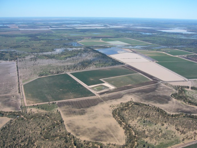 Storing water underground is more efficient than saving it in the surface dams, on which Australia currently relies.